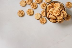 Cheese sesame cookies