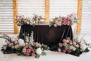 Wedding table floristics