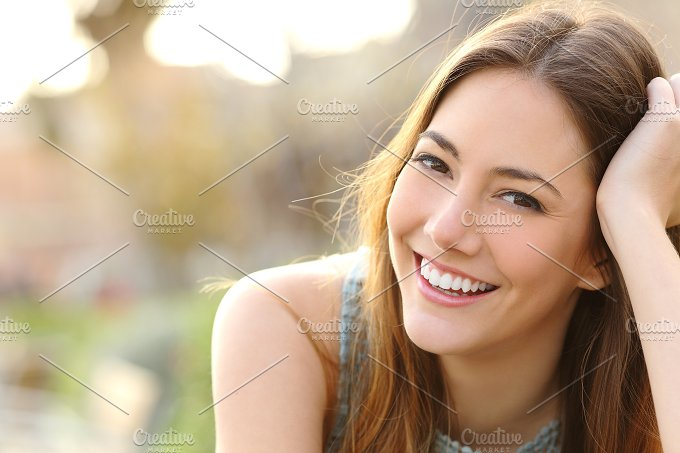 Pretty woman smiling with perfect smile and white teeth.jpg - Beauty & Fashion