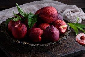 red ripe peaches nectarine