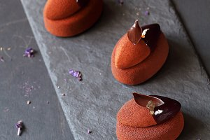 Chocolate Violet Mousse Mini Cakes
