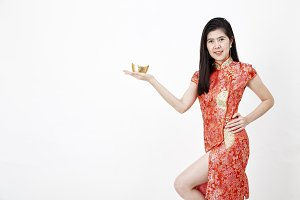 Chinese New Year, business woman hol
