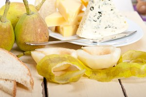 cheese and fresh pears 002.jpg