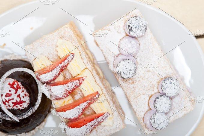 cream cake selection plate 016.jpg - Food & Drink