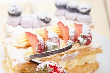 cream cake selection plate 008.jpg
