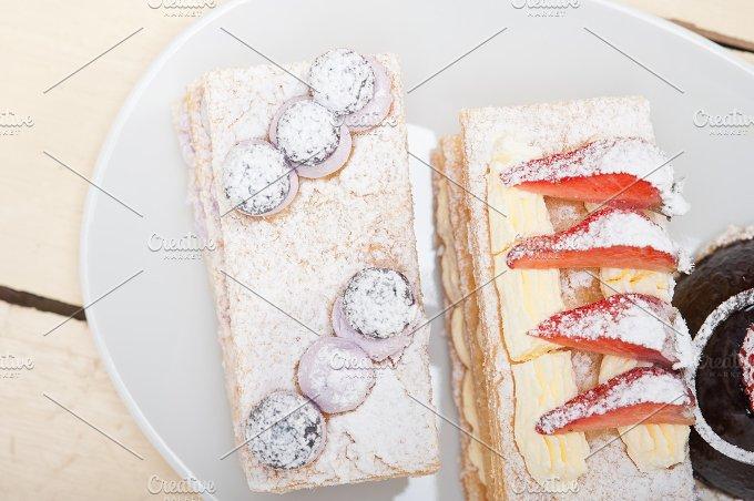 cream cake selection plate 013.jpg - Food & Drink