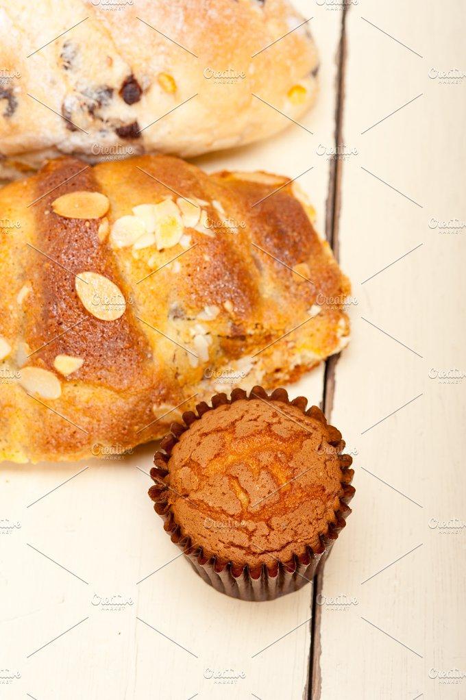 sweet bread 006.jpg - Food & Drink