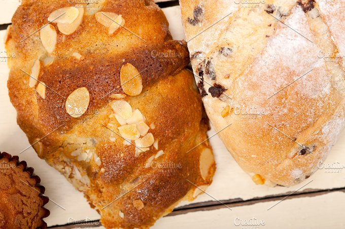 sweet bread 007.jpg - Food & Drink
