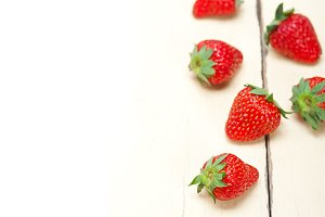 strawberries on white wood table 007.jpg