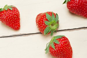 strawberries on white wood table 017.jpg