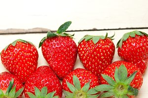 strawberries on white wood table 026.jpg