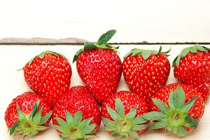 strawberries on white wood table 027.jpg