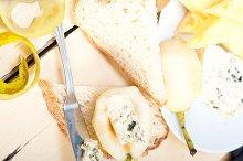 fresh pears and cheese 052.jpg