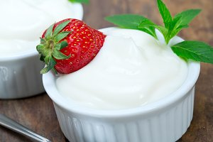 organic Greek yogurt and  strawberries 006.jpg