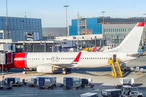Loading airplane Copenhagen airport