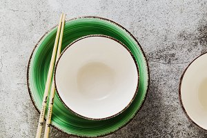 empty bowls on the table and Chinese
