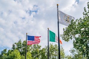 Flags of United states, Irland and R