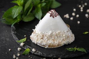 Cake pyramid: bird's milk, sponge