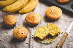 Healthy oat banana muffins