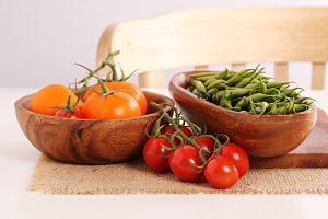 Fresh tomatoes and green beans