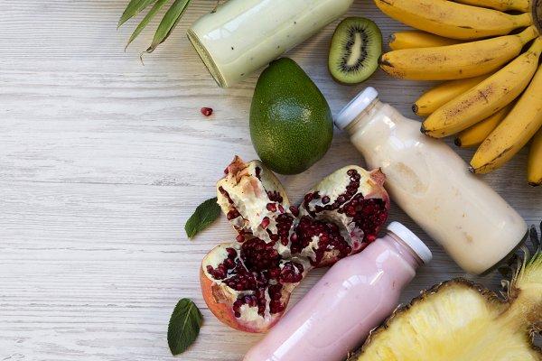 Fruit smoothies or milkshakes