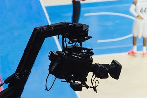 Basketball match broadcasting