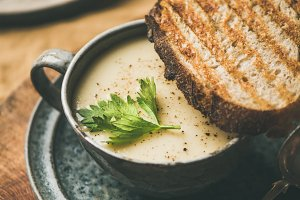Celery cream soup and toast over