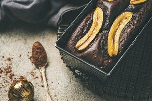 Chocolate banana cake with cinnamon