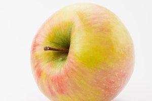 fresh golden delicious apple on whit