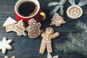 Christmas gingerbread cookies on a w
