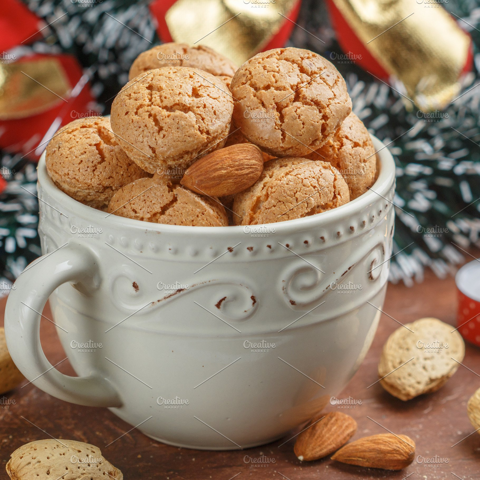 Traditional Italian Almond Cookies