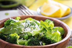 Lemon broccoli with peas and mint