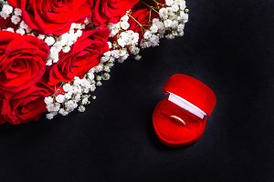 Red velvet jewelry case and bouquet