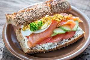 Sandwich with salmon and avocado