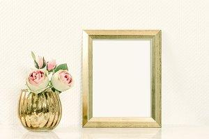 Picture mockup golden frame JPG