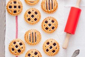 Homemade cookies with jam