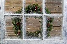 Xmas Wreath on windows
