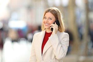 Woman having a phone conversation lo