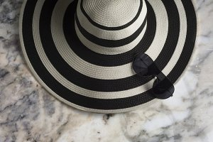 Women's summer hat with white stripe