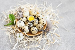 Plate with quail eggs