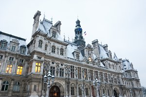Paris. Hotel de Ville in Snow.