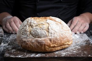 round baked homemade bread