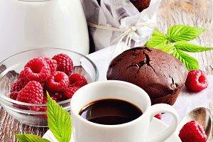 Chocolate muffins & coffee
