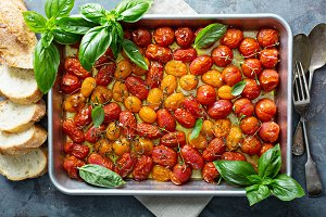 Roasted cherry tomatoes with herbs