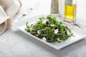 Kale salad with cranberry and feta