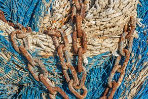 Chain on a fishing net (13)