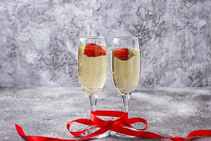 Valentines Day background.  Champagn
