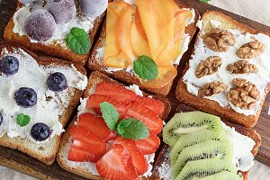 French toasts with soft cheese