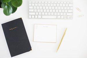 Black journal gold pen image 001