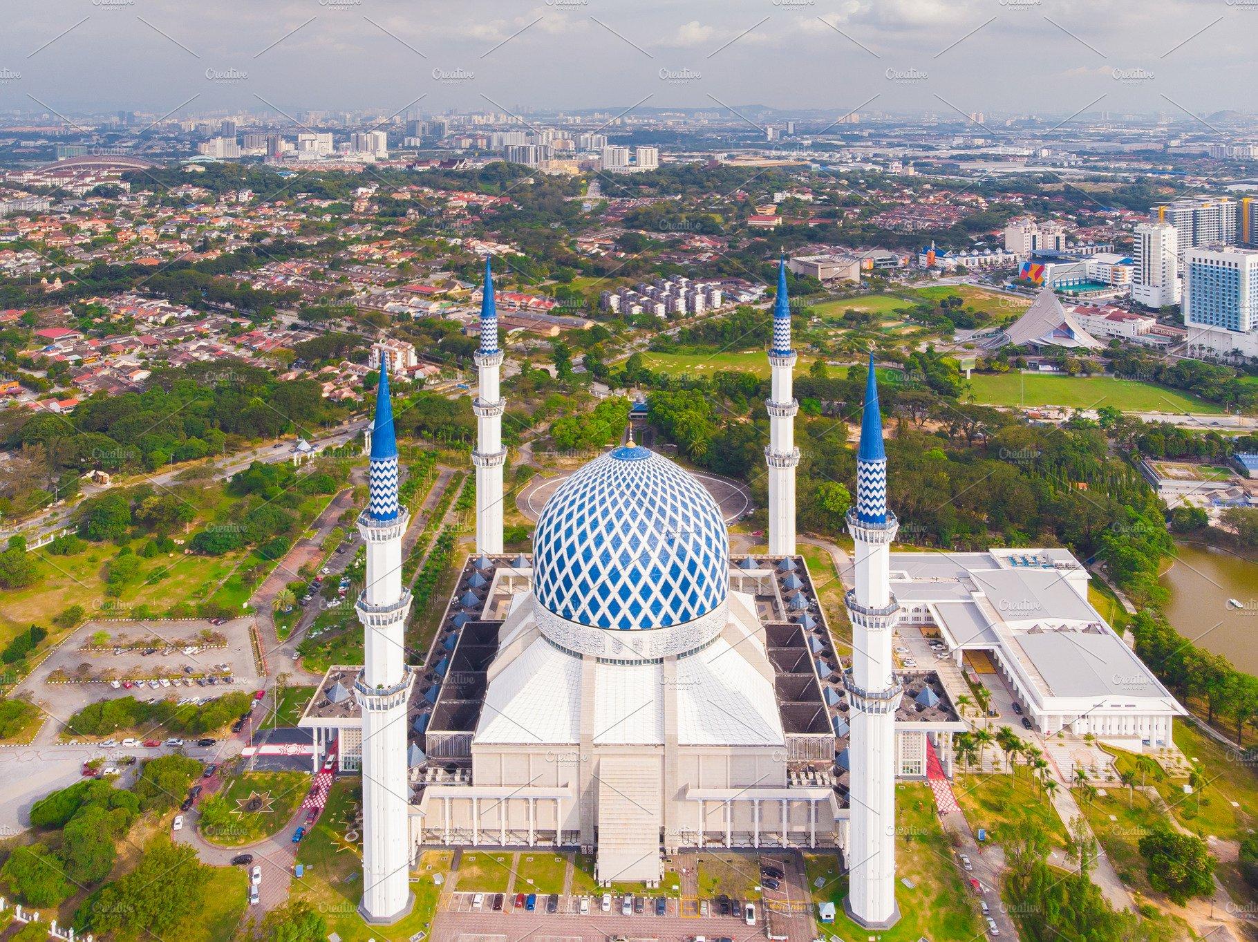 اجمل اماكن السياحة في سيلانجور مسجد السلطان صلاح الدين عبد العزيز